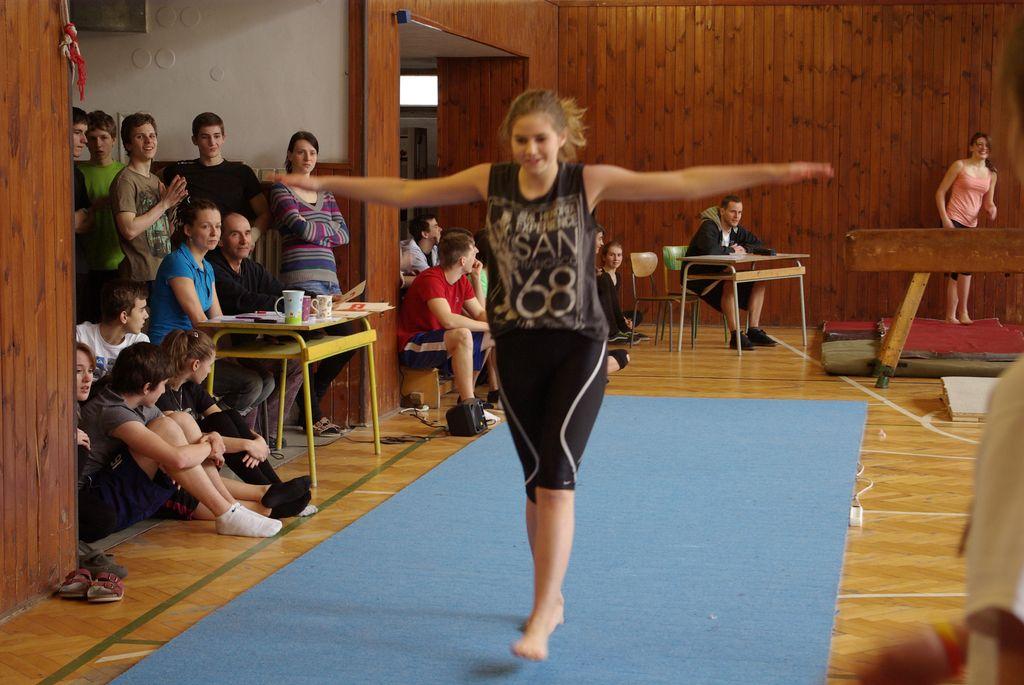 2013_gymnastika013