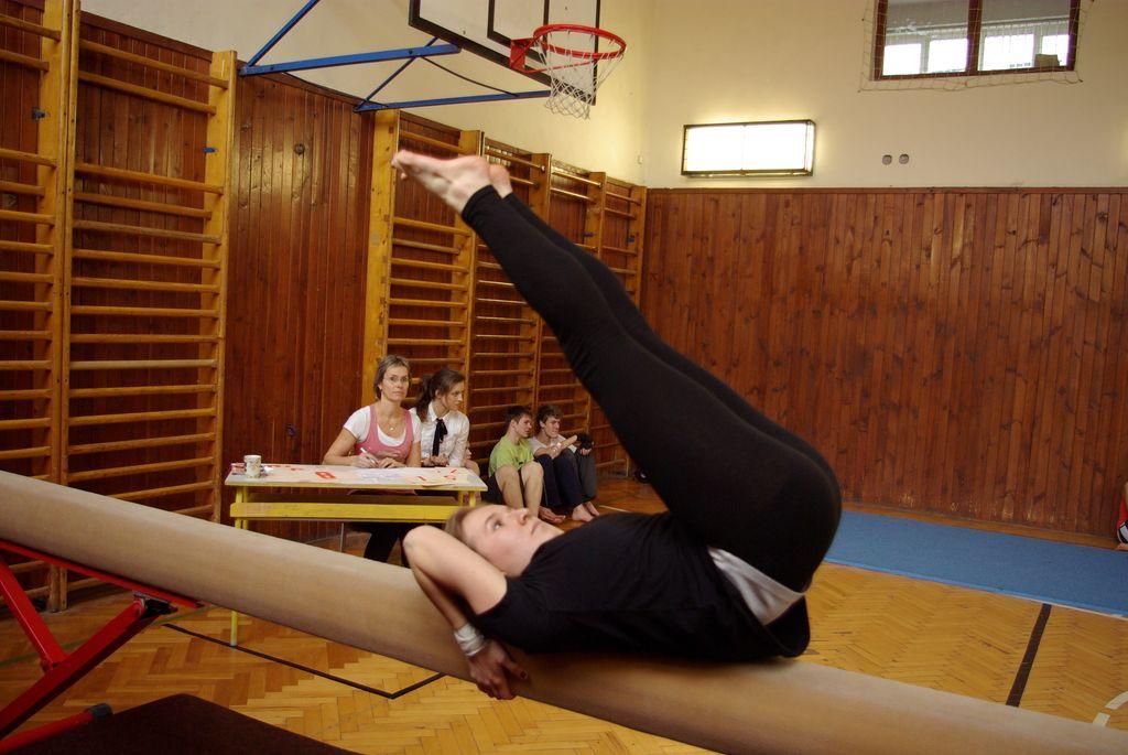 2013_gymnastika057