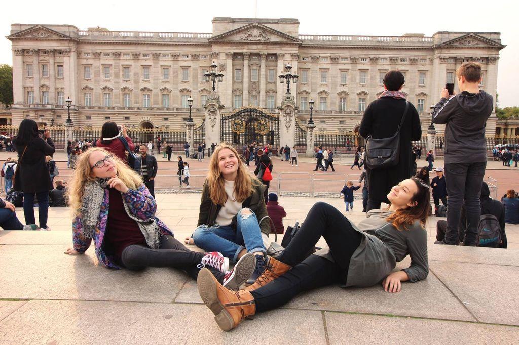3. objevujeme krásy Londýna - Pája, Káťa, Kája.jpeg