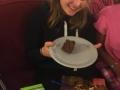 9. Electra mi koupila dort k narozeninám, od té doby se kamarádíme.jpg