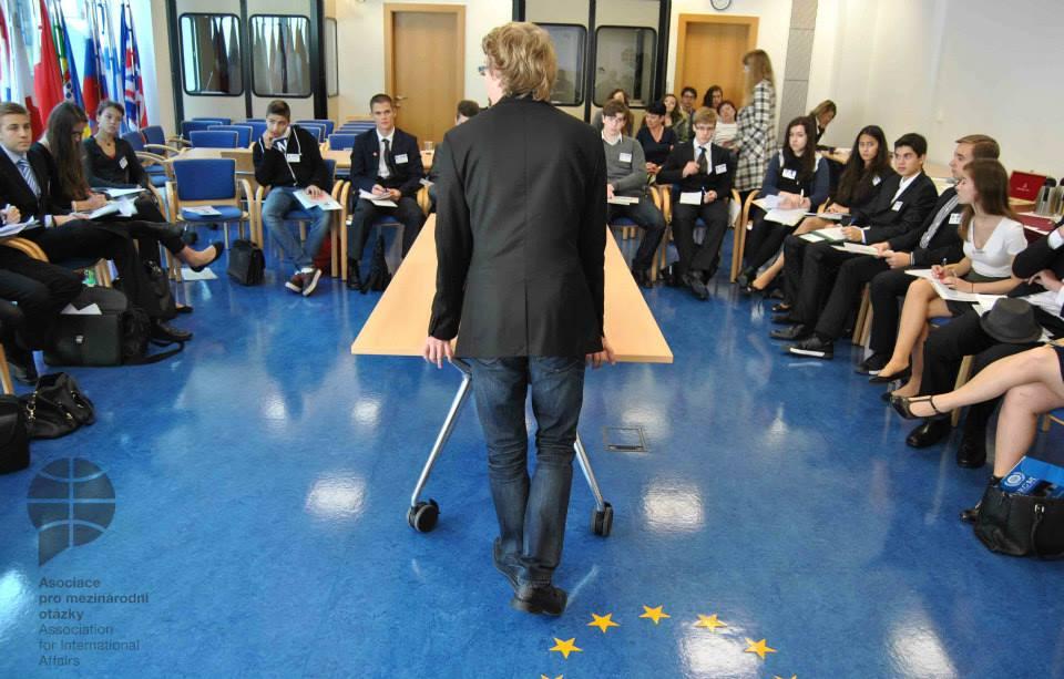 Staň se na den tvůrcem evropské politiky