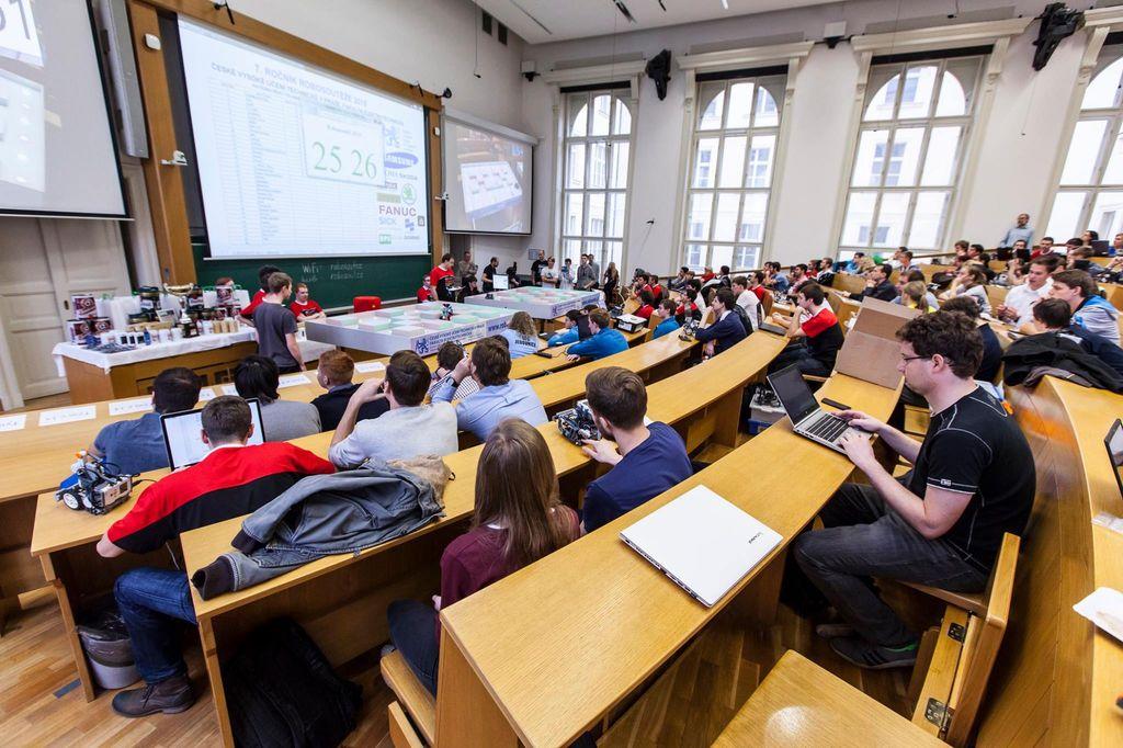 Univerzitní ROBOSOUTĚŽ 2015 FEL ČVUT