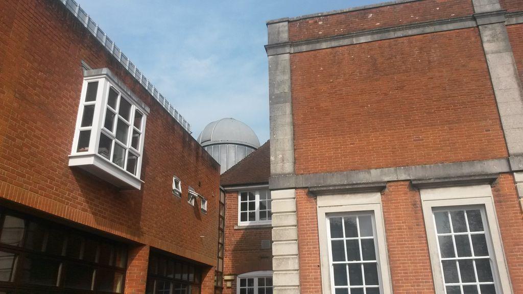Observatoř na střeše Science School